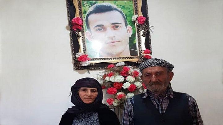 پدر و مادر رامین حسین پناهی