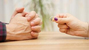حق طلاق زن